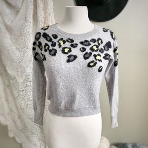 AQUA | 100% Cashmere Gray Yellow Leopard Sweater